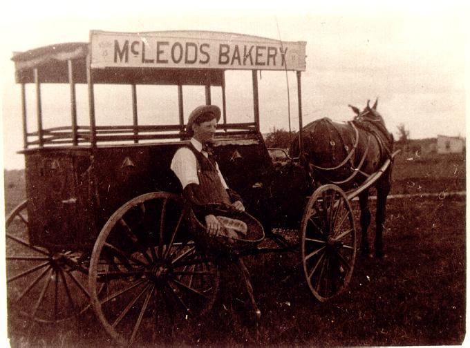 McLeod Bakery wagon Selkirk